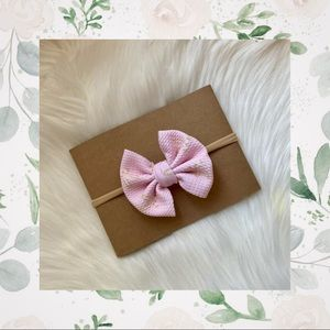 👑Bunny Bow on Nylon or Clip In!